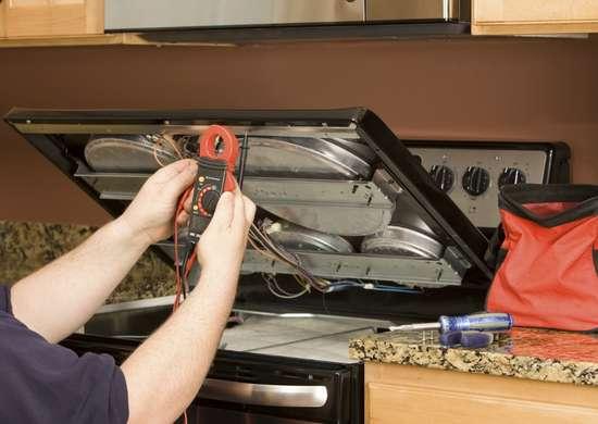 Installing gas kitchen range