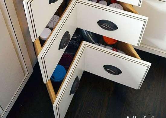 Corner-drawers