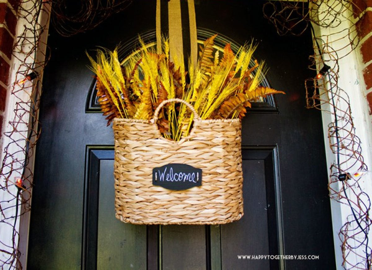 Basket door decoration