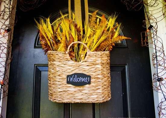 Basket door decoration