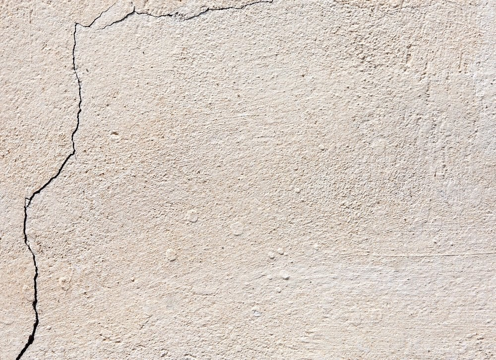 Patching stucco cracks
