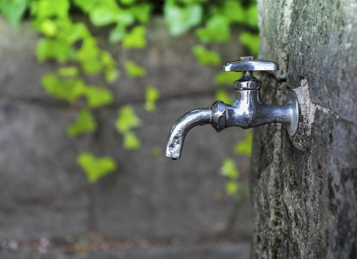 Drain outdoor water line