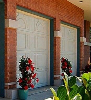 Fiberglassdoors.net fiberglass garage doors image