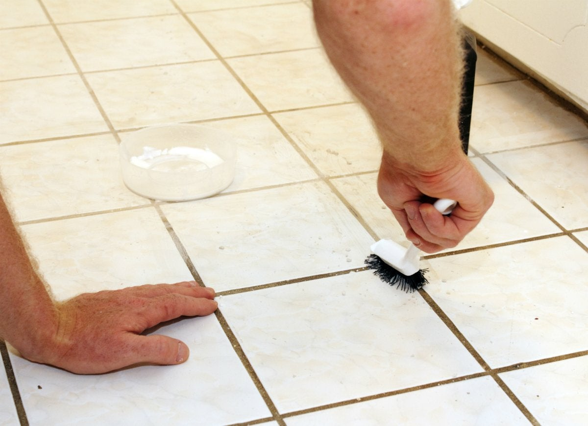 Diy bathroom cleaner