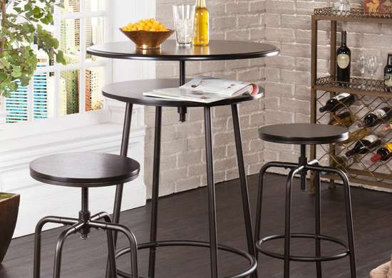 Adjustable bar table for kitchen