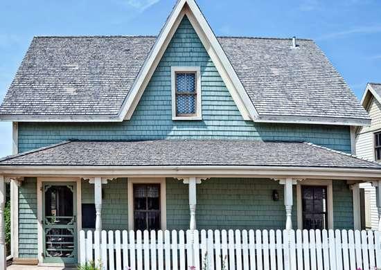 Neighbor's House Needs a Paint Job
