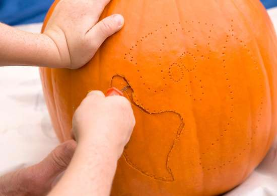 How to Stencil Pumpkin
