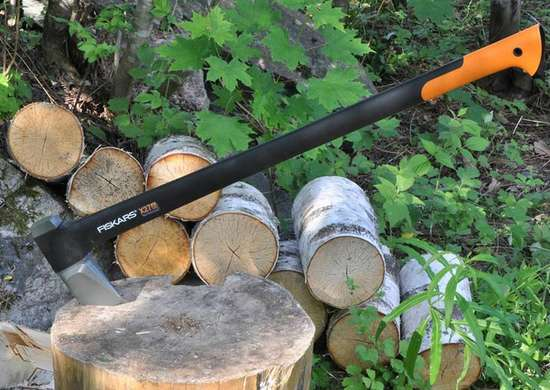 Fiskars x27 supersplittingaxe