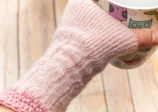 DIY Sweater Wrist Warmer