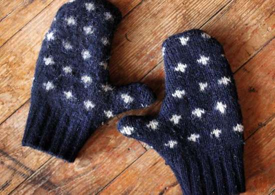 DIY Sweater Mittens