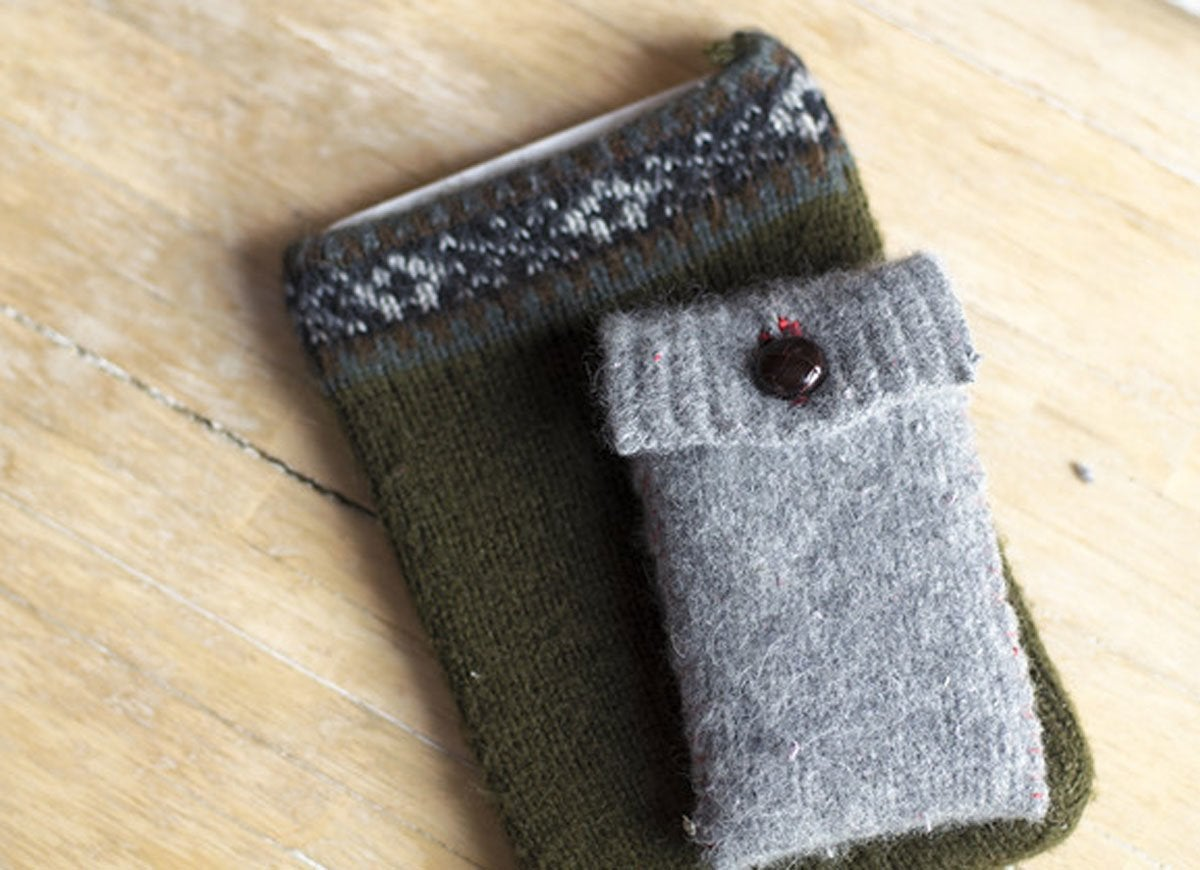 Ipod ipad sweater