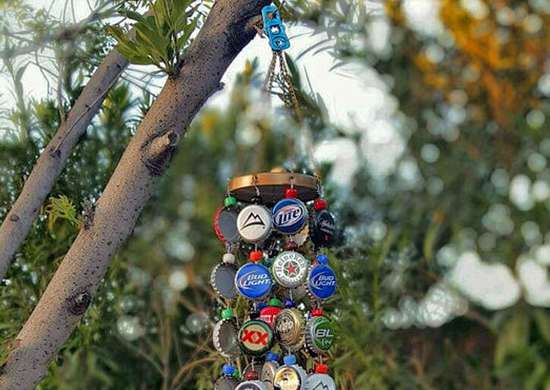 Bottle-cap-chime