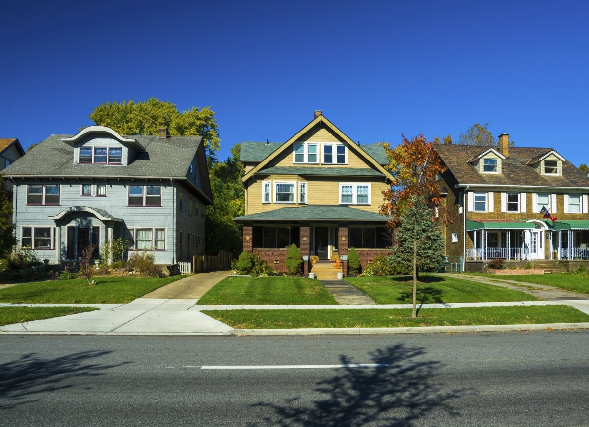 cheapest place to buy a house 10 small towns with big home
