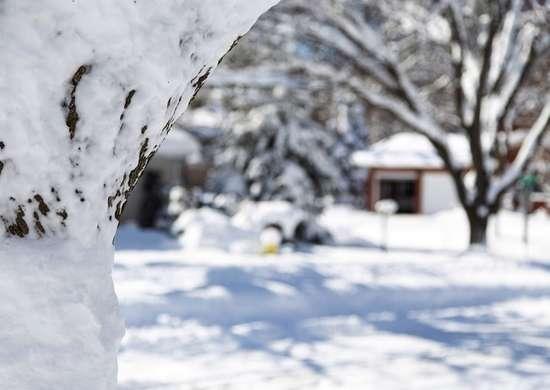 Gutter overflow winter