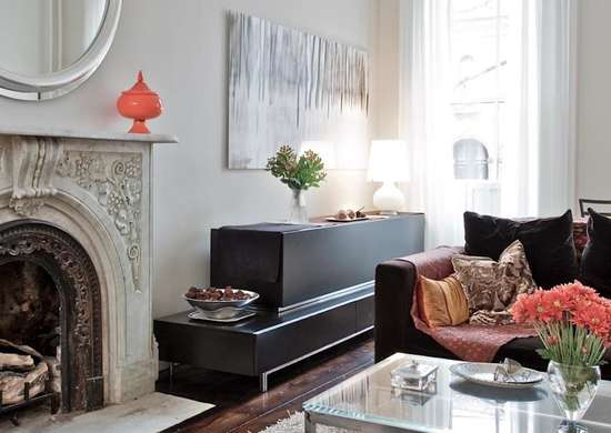 Silver living room best paint colors 11 designers love bob vila for Satin or eggshell for living room