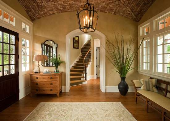 Island-Inspired Entryway