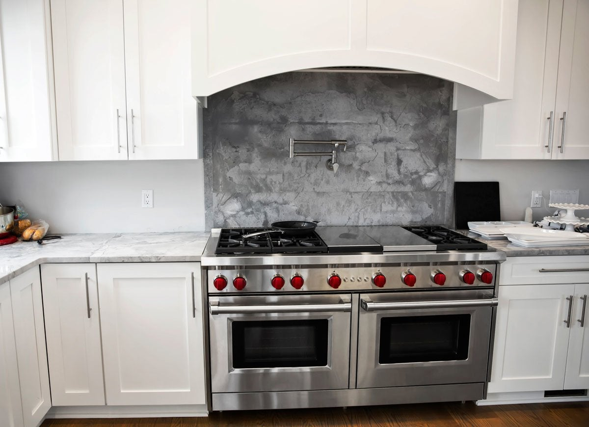 Horizontal ovens