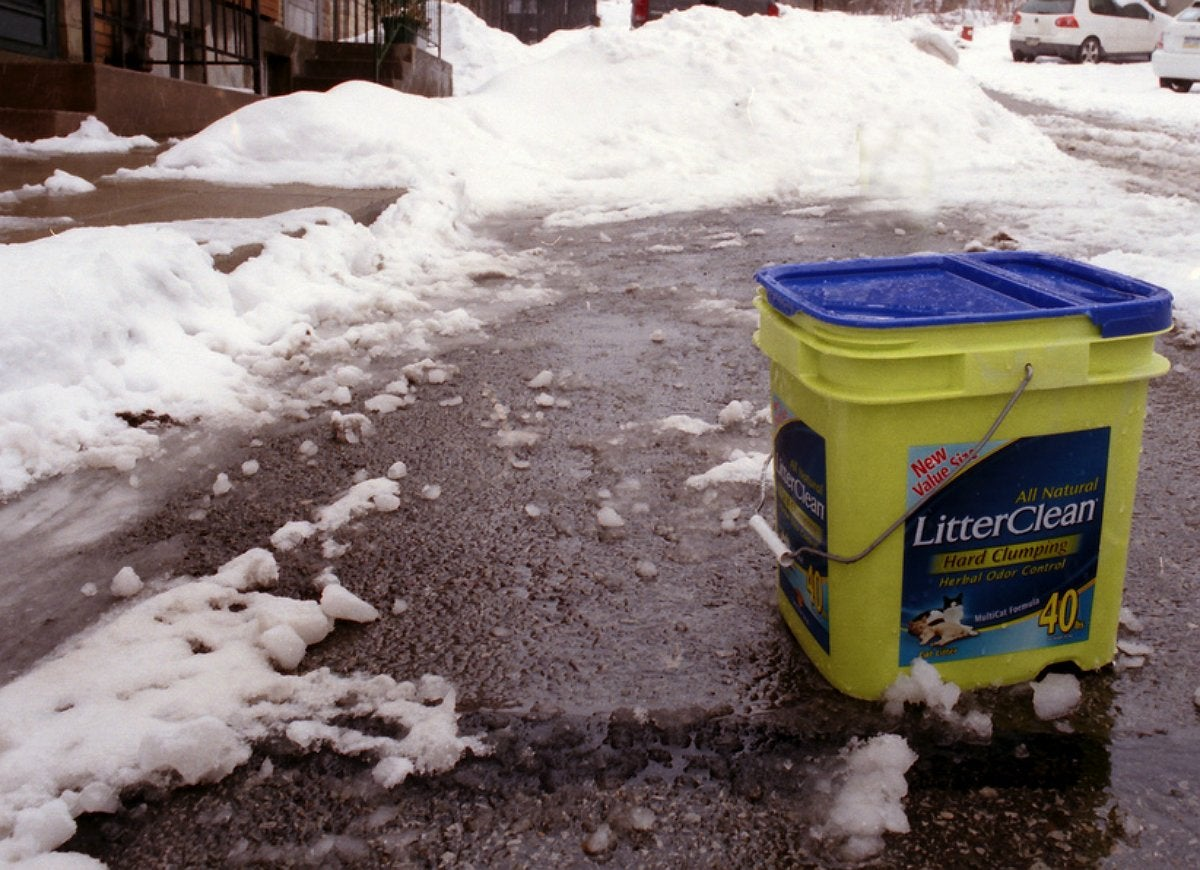 Kitty litter for traction snow ice