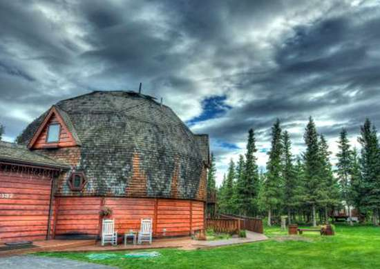 Healy, AK Bed & Breakfast - Denali Dome Home