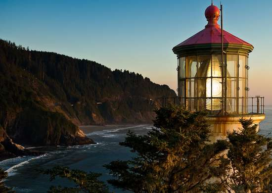 Yachats, OR Bed & Breakfast - Haceta Head Lighthouse