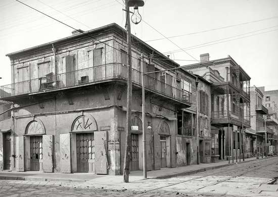 Bourbon_street_before
