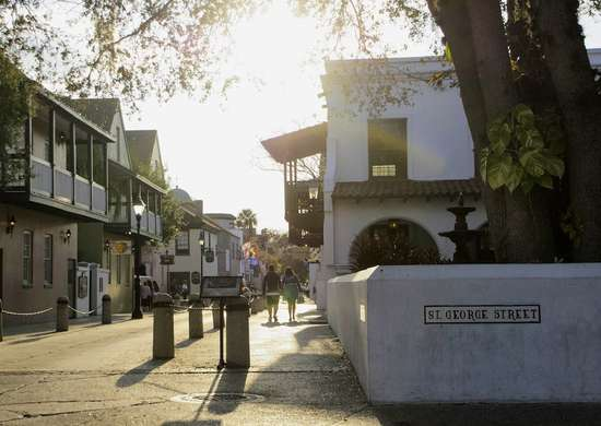 St george street modern