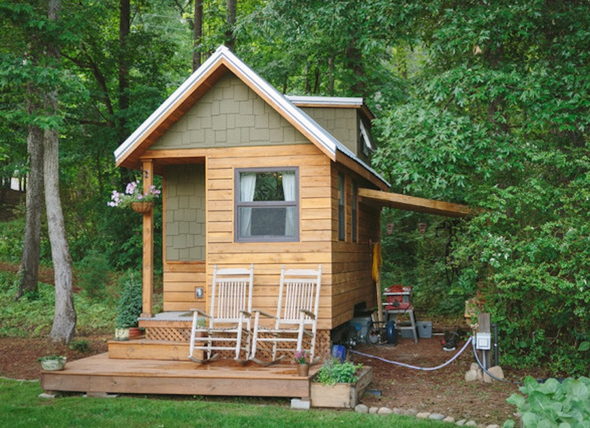 Tiny craftsman bungalow best tiny homes of the year for Best tiny house designs