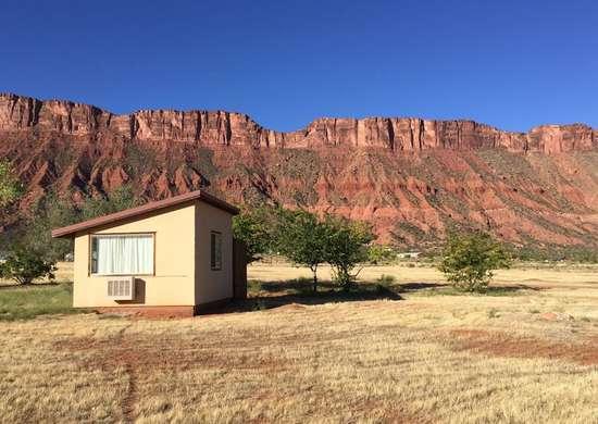 Desert_tiny_home