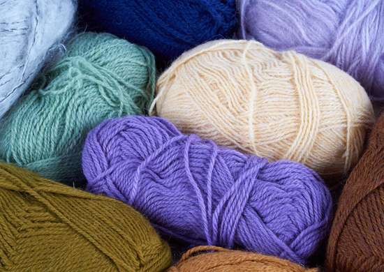 Crock-pot-dyed-yarn