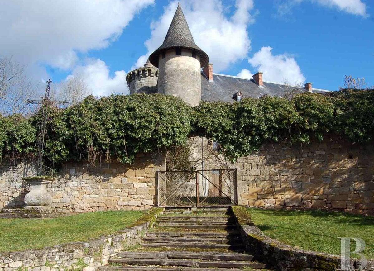 Lot castle