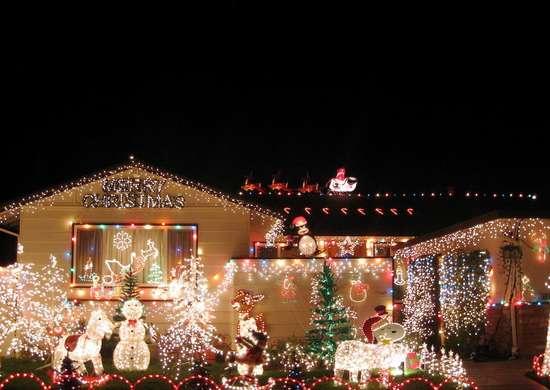 Faux Snow Christmas in Dublin, California