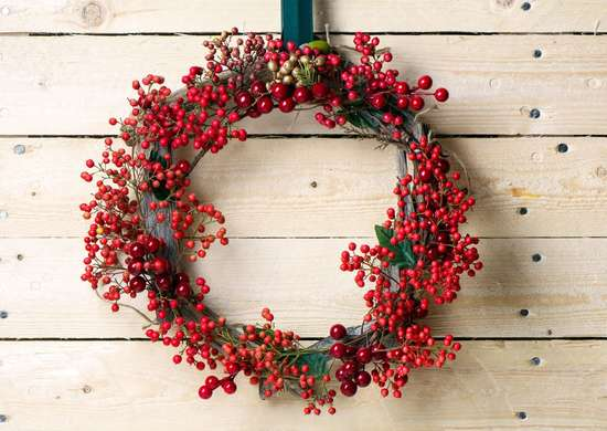 Berry Wreath on Front Door