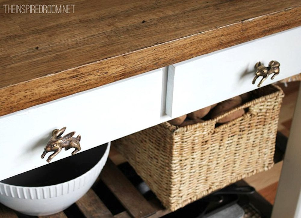 Diy kitchen island with knobs