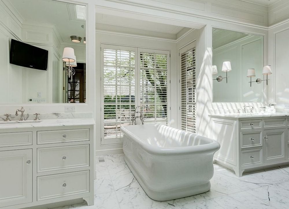 Big white tub