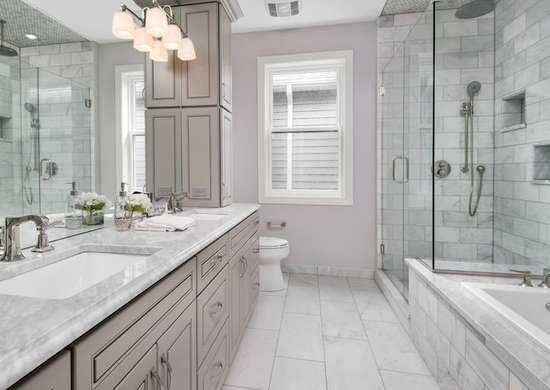 Marble and Chrome Bathroom