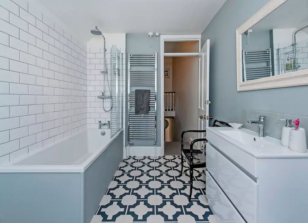Patterned bathroom floors