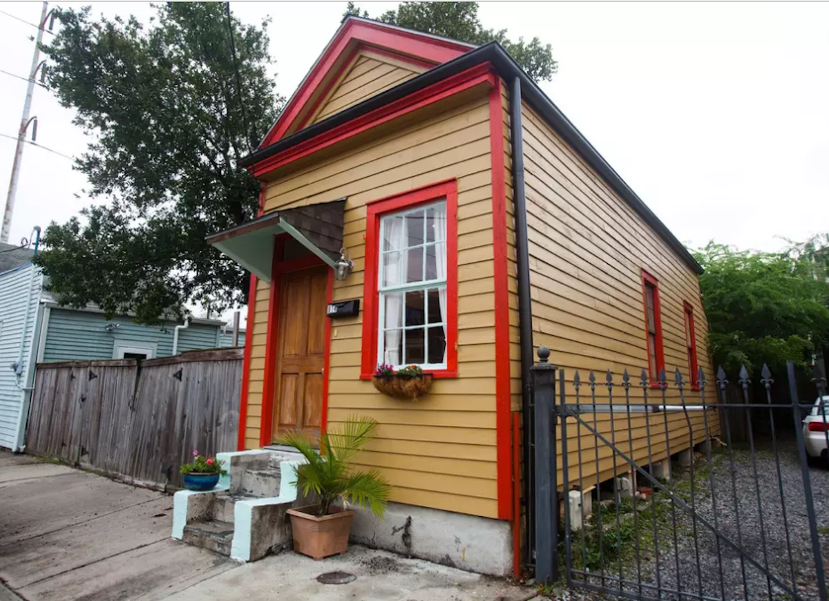 Yellow-and-red-shotgun-house