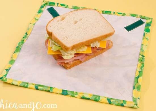 Plastic sandwich wrap