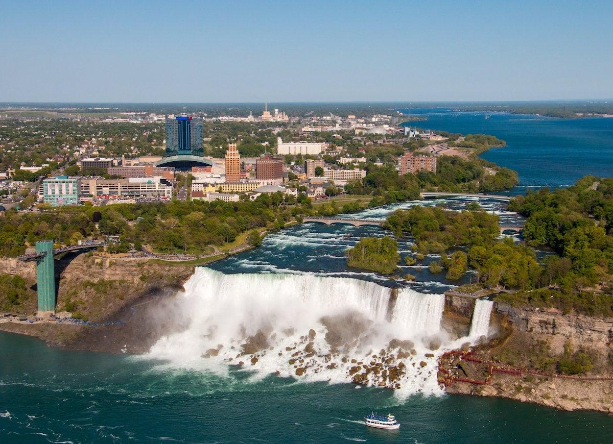 Niagara falls student loan debt