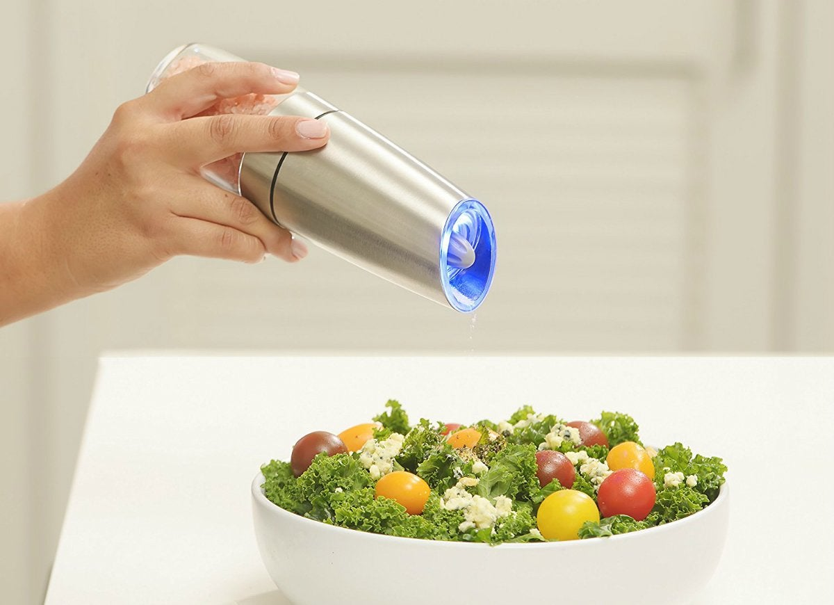 Gravity electric pepper grinder