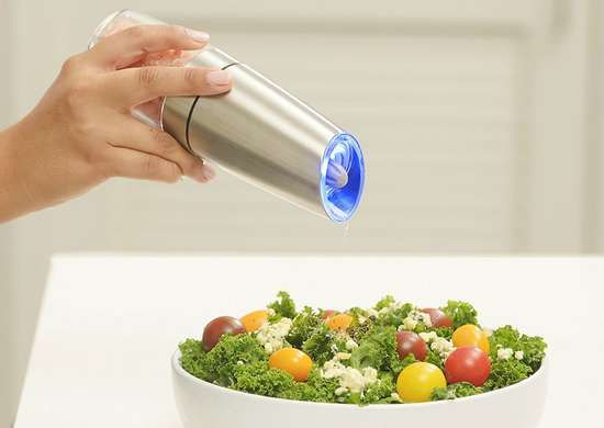 Gravity electric pepper grinder