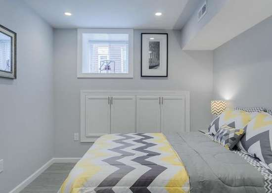 Cool colors basement bedroom basement bedrooms 14 tips for Cool basement bedrooms
