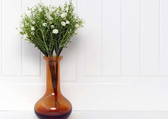 How to Clean Vases