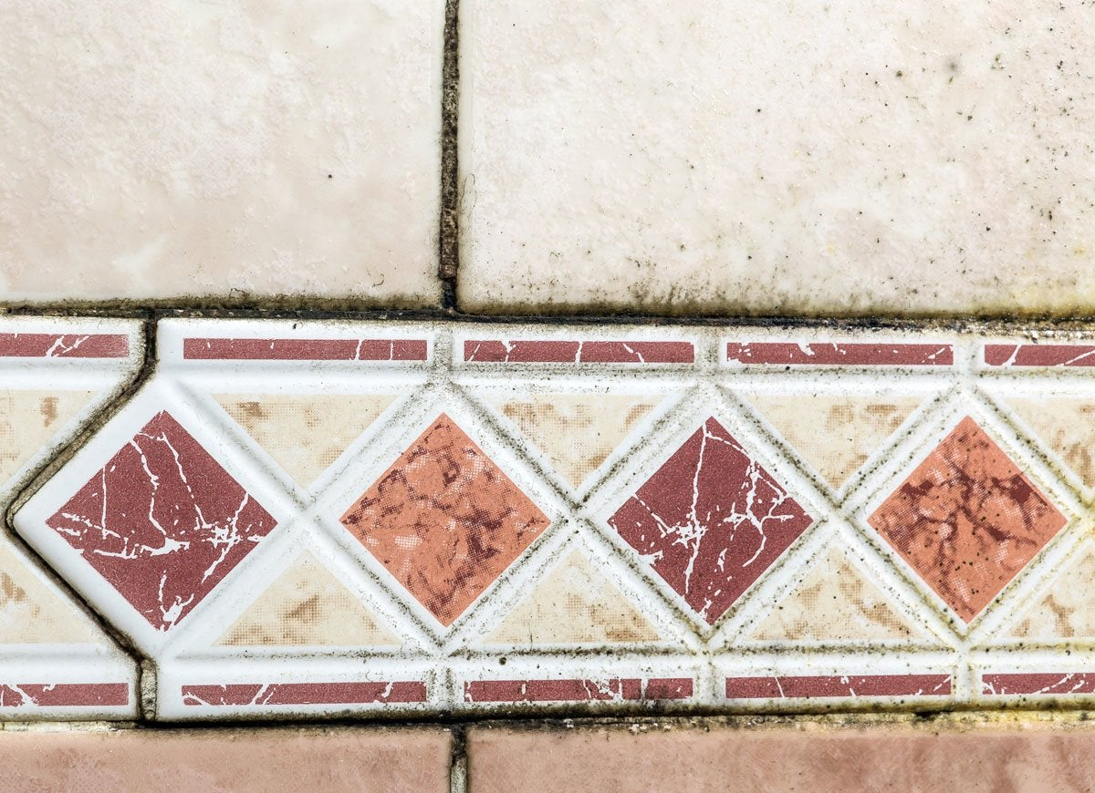 how to get mold out of bathroom tiles