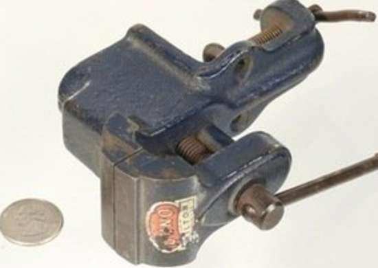Thebestthings wilton vice antique tools bob vila20111123 36322 16pdg0b 0