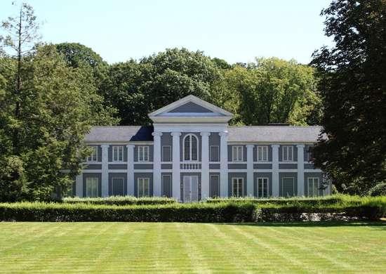 A. everett austin house  2009 09 02