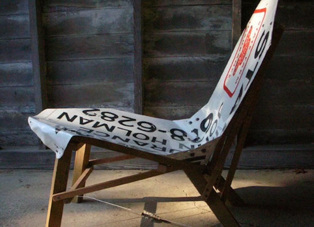 Instructables sign chair