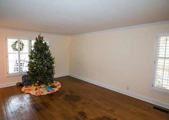 Christmas Decorations in Real Estate Listing