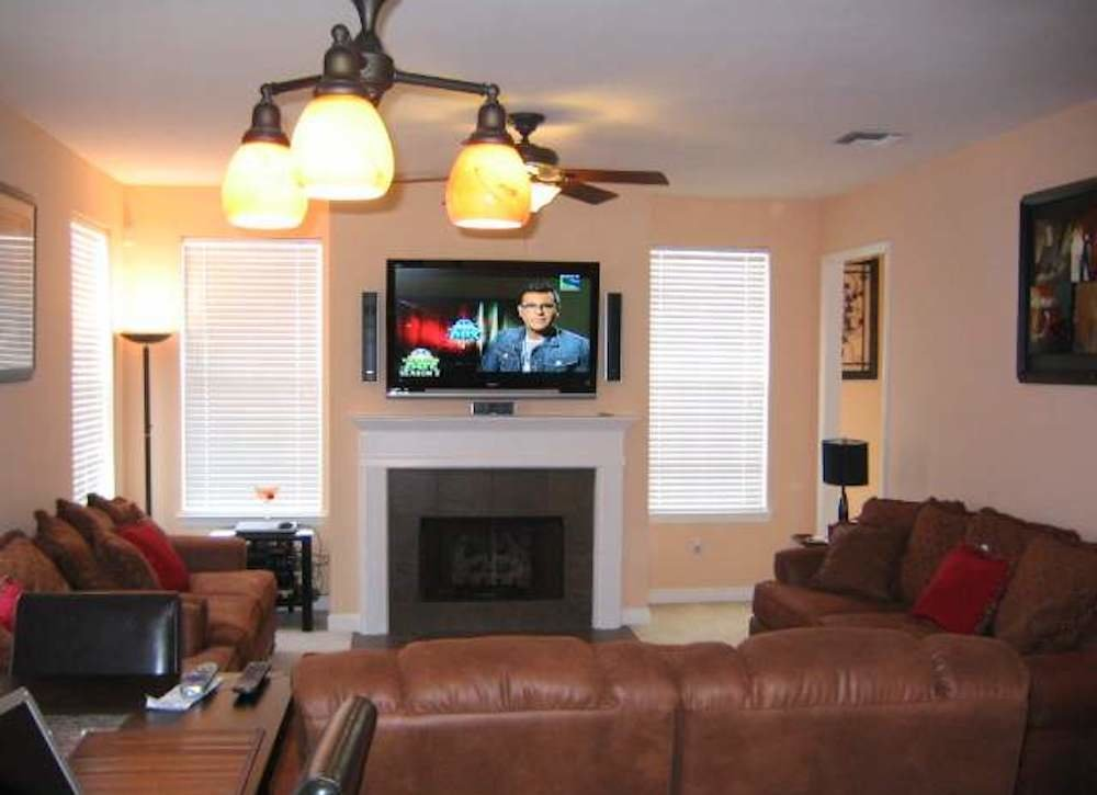 Tv bad real estate photos