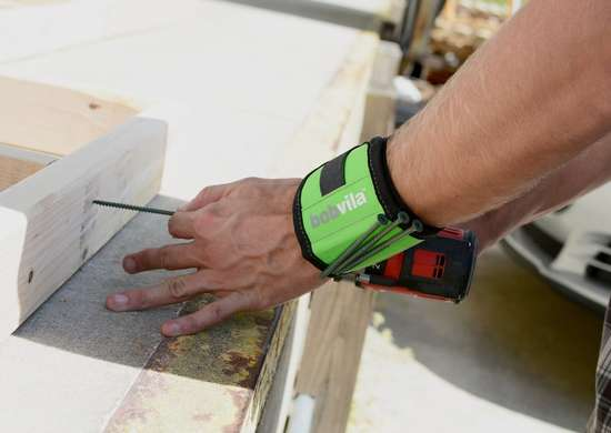 Bob Vila Products Magnetic Wrist Band